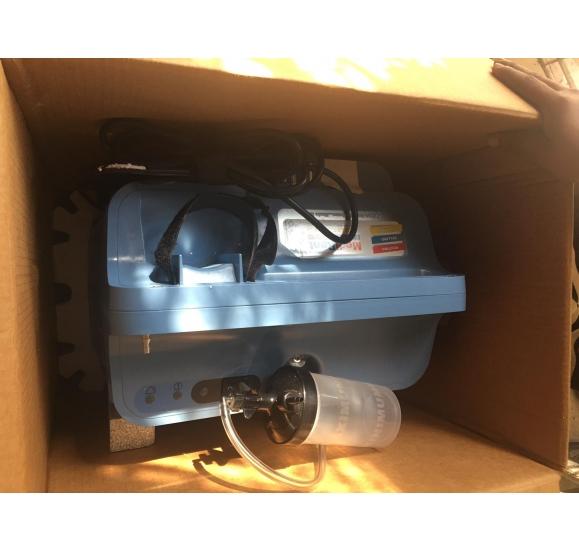 Oxygen Concentrator   Urgent Sale