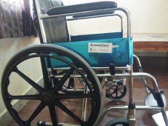 Like New Bestseller KosmoCare Dura Rexine Mag Wheel Regular Foldable Wheelchair